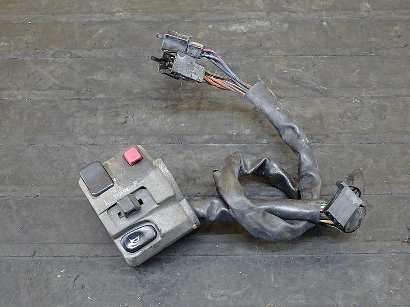 【200427】ゼファー400χ(ZR400C-300)■ ハンドルスイッチ左 スイッチボックス左 【ZEPHYR400 カイ X | 中古バイクパーツ通販・買取 ジャンクヤード鳥取 JunkYard
