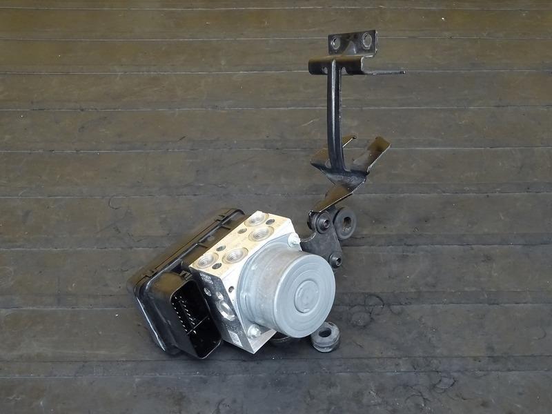 【200618】モンスター1200S '14■ ABSユニット ステー 【ドゥカティ M1200 | 中古バイクパーツ通販・買取 ジャンクヤード鳥取 JunkYard