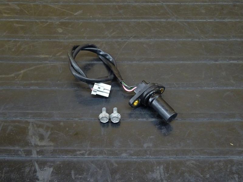 【210426】CB400SF Vtec3(NC39-1202)◇ スピードメーターセンサー スピードセンサー 車速センサー 【SPEC3 スペック3 VTECⅢ | 中古バイクパーツ通販・買取 ジャンクヤード鳥取 JunkYard