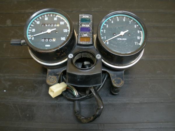 【141004】Z250LTD(KZ250G)◎メーターユニット スピード タコ | 中古バイクパーツ通販・買取 ジャンクヤード鳥取 JunkYard