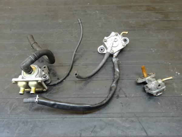 【150407】SV400S(VK53A)◆燃料コック フューエル ガソリン 負圧 | 中古バイクパーツ通販・買取 ジャンクヤード鳥取 JunkYard