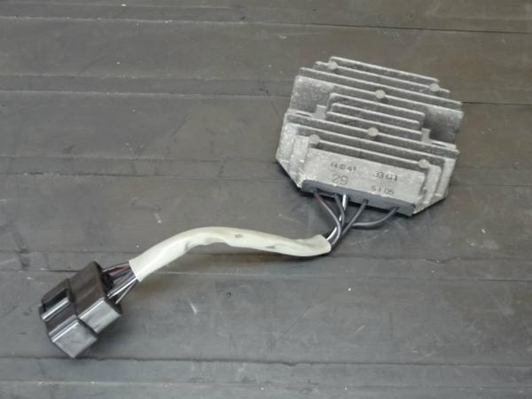 【150407】SV400S(VK53A)◆レギュレーター レギュレター 電装 | 中古バイクパーツ通販・買取 ジャンクヤード鳥取 JunkYard