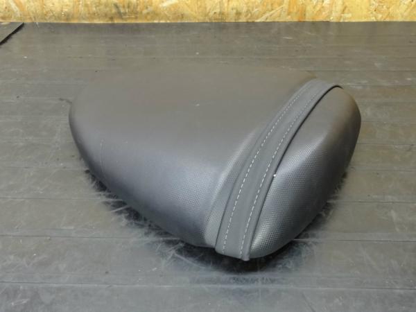 【150407】SV400S(VK53A)◆タンデムシート サブ ベルト | 中古バイクパーツ通販・買取 ジャンクヤード鳥取 JunkYard