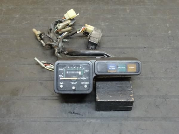 【150625】CRM50(AD10)◆スピードメーター インジケーター 難有 | 中古バイクパーツ通販・買取 ジャンクヤード鳥取 JunkYard