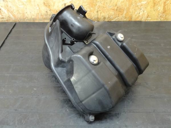【150423】GSX250FX(ZR250C)◆エアクリーナー エアクリ ボックス | 中古バイクパーツ通販・買取 ジャンクヤード鳥取 JunkYard