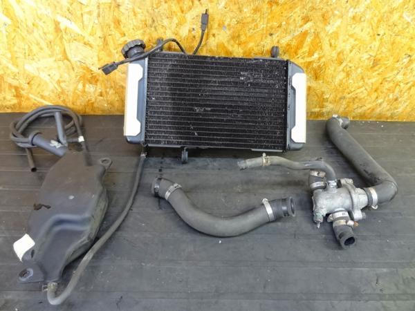 【160204】SV400(VK53A)◎ラジエーター ラジエター タンク SET | 中古バイクパーツ通販・買取 ジャンクヤード鳥取 JunkYard