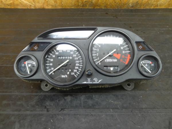 【170810】ZZR1100(ZXT10D-021)◆メーターユニット スピード/タコ | 中古バイクパーツ通販・買取 ジャンクヤード鳥取 JunkYard