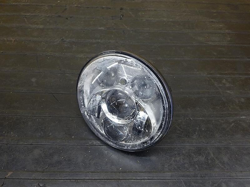 【190319.F】XL1200CA'15● ヘッドライトレンズ LED ジャンク 【ハーレー スポーツスター | 中古バイクパーツ通販・買取 ジャンクヤード鳥取 JunkYard