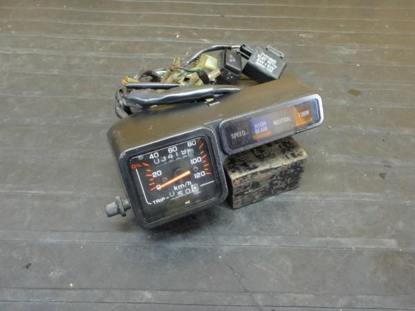 【170111】TLM220R(MD23)◆スピードメーター インジケーター | 中古バイクパーツ通販・買取 ジャンクヤード鳥取 JunkYard