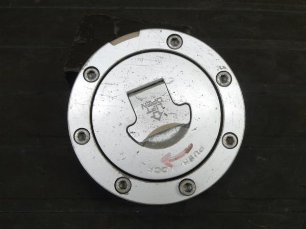 【170413】CBR600RR '05(PC37)逆車◇タンクキャップ 【後期 | 中古バイクパーツ通販・買取 ジャンクヤード鳥取 JunkYard