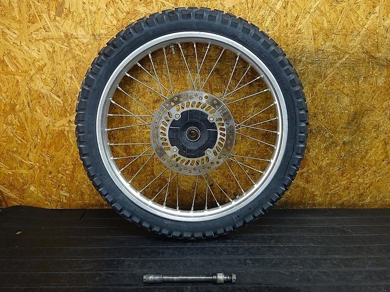 【190204.H】CRM250AR(MD32-1101)● フロントホイール(21×1.60) アクスルシャフト ジャンク | 中古バイクパーツ通販・買取 ジャンクヤード鳥取 JunkYard