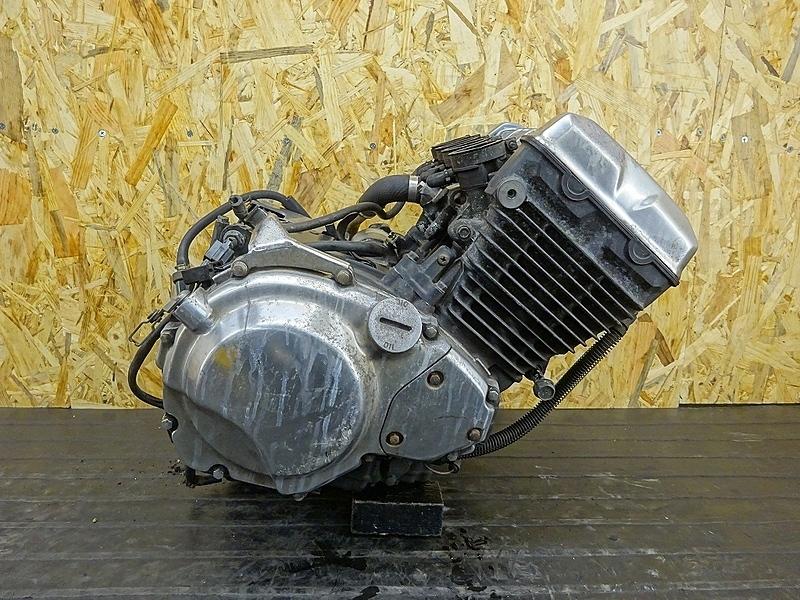 【190413.K】バリオスⅡ(ZR250B-007)● エンジン クラッチ ミッション ギア クランキングOK? ジャンク 【バリウス2 2型 | 中古バイクパーツ通販・買取 ジャンクヤード鳥取 JunkYard