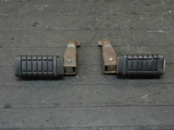 【141016】レブル250(MC13)◇タンデムステップ 左右 | 中古バイクパーツ通販・買取 ジャンクヤード鳥取 JunkYard