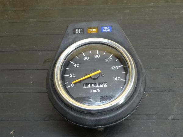 【141209】サベージ400(NK41B)◆スピードメーター インジケータ | 中古バイクパーツ通販・買取 ジャンクヤード鳥取 JunkYard