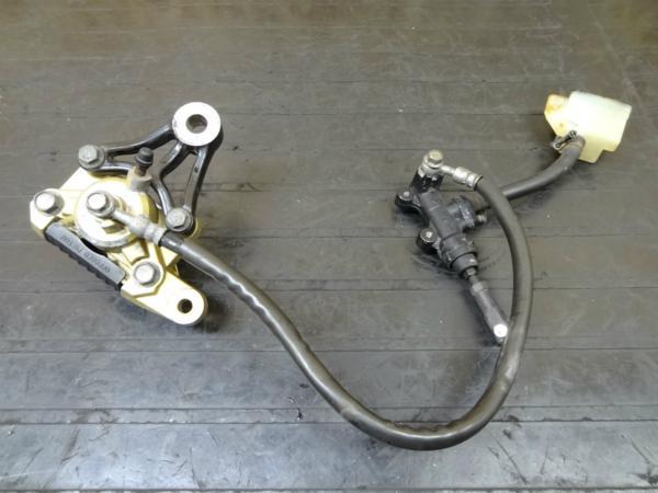 【150402】GSX-R250(GJ72A)◎リアブレーキ キャリパー マスター | 中古バイクパーツ通販・買取 ジャンクヤード鳥取 JunkYard