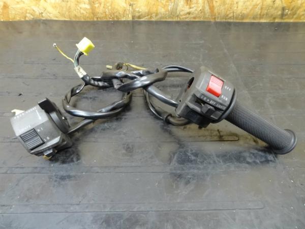 【150402】GSX-R250(GJ72A)◎ハンドルスイッチ左右 チョーク | 中古バイクパーツ通販・買取 ジャンクヤード鳥取 JunkYard