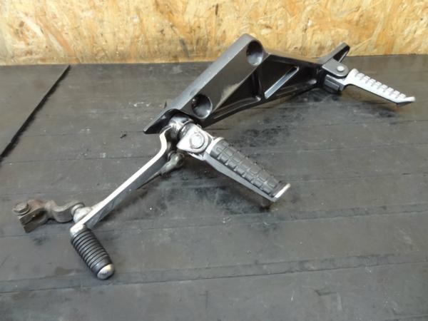 【150526】ZRX-Ⅱ(ZR400E)◎ステップ 左 シフトペダル【ZRX400 | 中古バイクパーツ通販・買取 ジャンクヤード鳥取 JunkYard