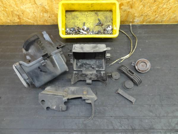 【151119】SRV250(4DN)◆ツールボックス ボルトセット【ルネッサ | 中古バイクパーツ通販・買取 ジャンクヤード鳥取 JunkYard