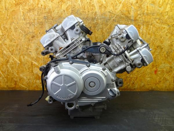 【160426】VTR250(MC33)◎エンジン セルモーター 部品取りに!? | 中古バイクパーツ通販・買取 ジャンクヤード鳥取 JunkYard