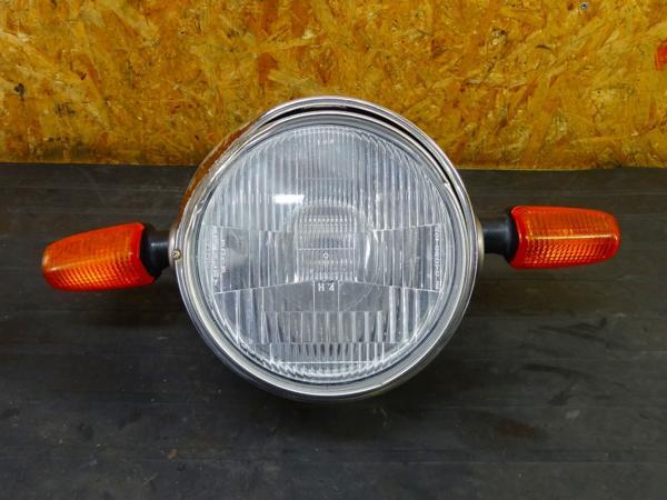 【160426】VTR250(MC33)◎ヘッドライト ステー ウインカー 難有 | 中古バイクパーツ通販・買取 ジャンクヤード鳥取 JunkYard
