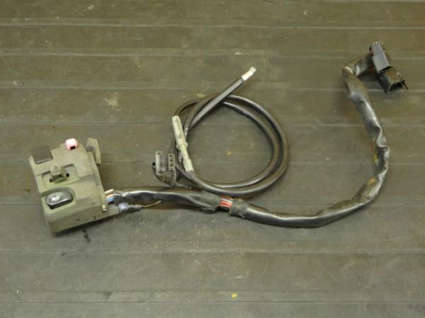 【161125】ZRX400(ZR400E)◆ハンドルスイッチ 左 ウインカーSW | 中古バイクパーツ通販・買取 ジャンクヤード鳥取 JunkYard