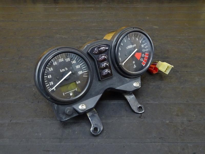 【201007】CB400FOUR(NC36-1002)■ スピードメーター タコメーター インジケーターランプ 70824㎞ 【CB400F 平成フォア | 中古バイクパーツ通販・買取 ジャンクヤード鳥取 JunkYard