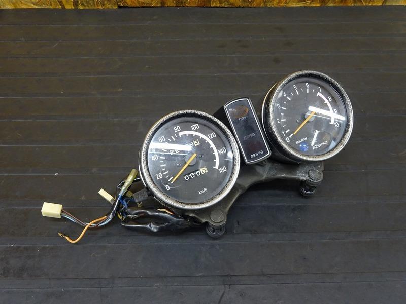 【201026】SR400(1JR-272)■ スピードメーター タコメーター インジケーターランプ 22699㎞ 【SR500 1JN 2H6 | 中古バイクパーツ通販・買取 ジャンクヤード鳥取 JunkYard
