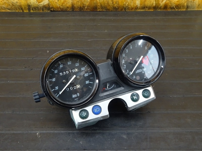 【210224】ZRX1200R(ZRT20A-021)■ スピードメーター タコメーター インジケーターランプ 53579㎞ | 中古バイクパーツ通販・買取 ジャンクヤード鳥取 JunkYard