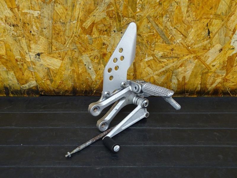 【210417】■ ステップ左 メインステップ シフトペダル チェンジペダル プレート ZX-10R(ZXT00C)?? | 中古バイクパーツ通販・買取 ジャンクヤード鳥取 JunkYard